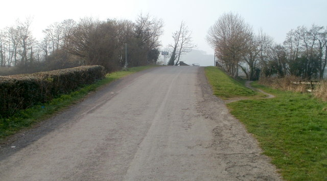 Bevan's Lane climbs towards canal bridge 46, Sebastopol
