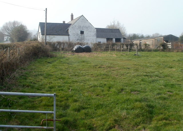 Tir-brychiad farmhouse viewed from the south