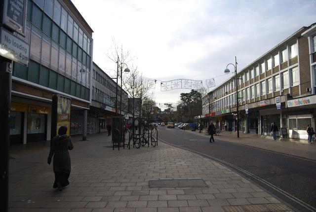 Broadway, Crawley