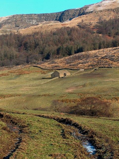 Alportdale -View towards Hucklow Lees Barn