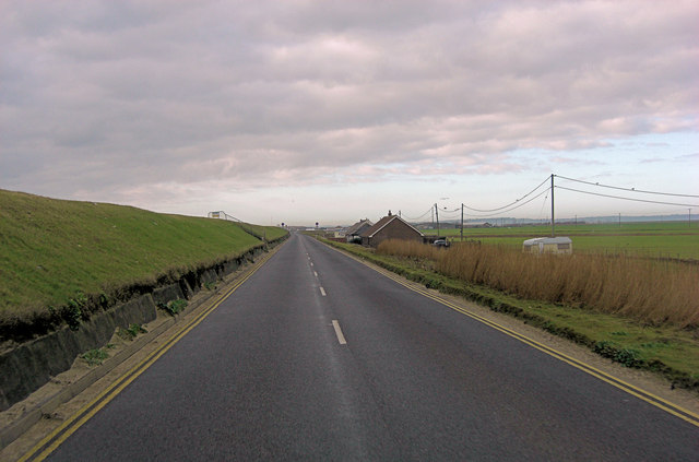 Lydd Road north of Broomhill Sands