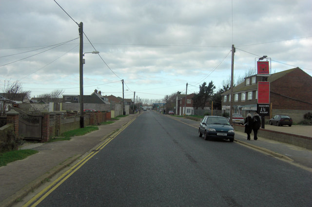 Lydd Road in Camber