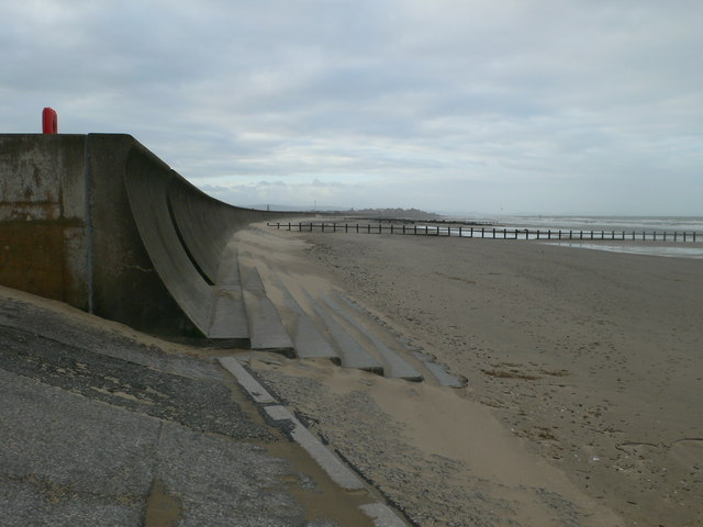 Change of sea defences at the western end of Ffrith Beach