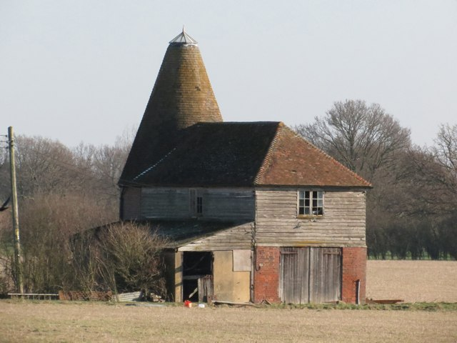 Oast House at Abbots Skreens Farm, Smarden Road, Headcorn
