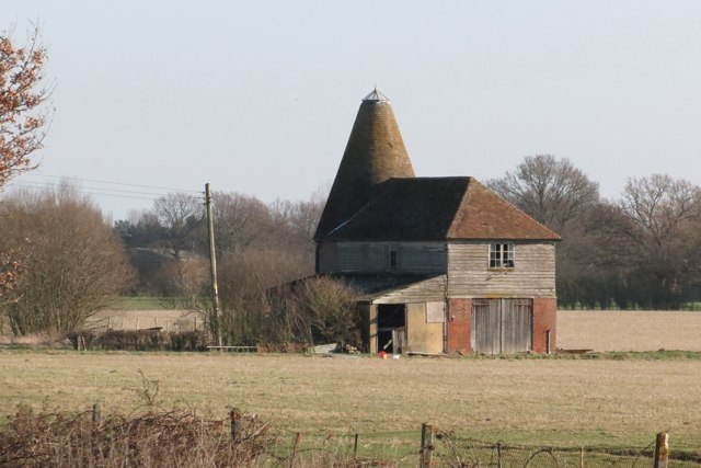 Oast House at Abbots Skreens Farm, Smarden Road, Headcorn