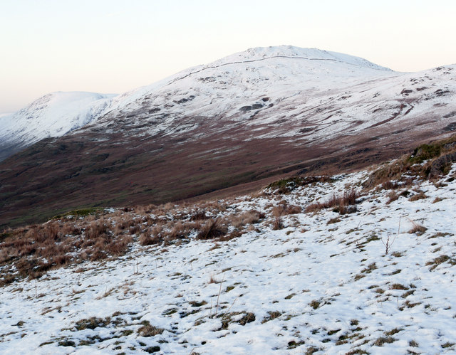 Snowed slope west of Sallows