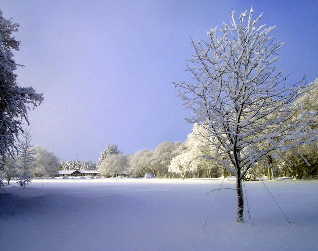 Snow on Huntercombe Golf Course