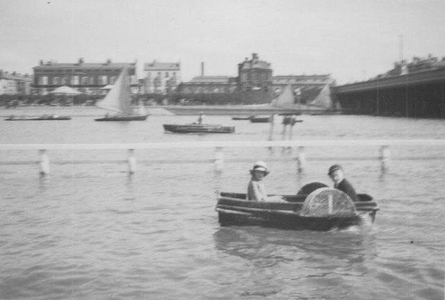 Paddle boat on the Marine Lake