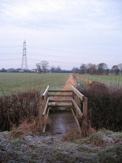 Footpath off Thornton Lane
