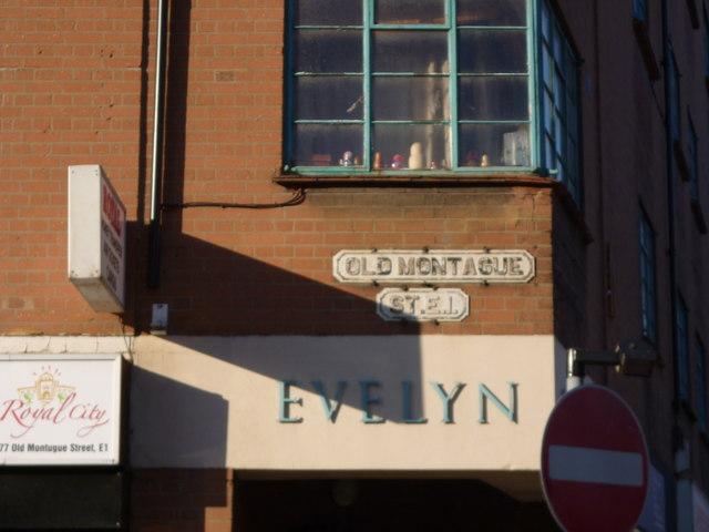 Street sign, Old Montague Street E1