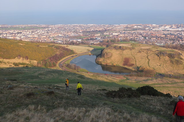 Descent to Dunsapie Loch, Arthur's Seat