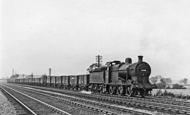 Up coal train south of Loughborough