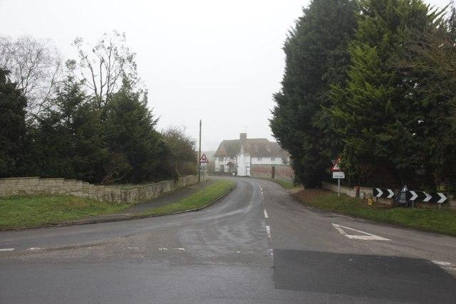 Towards Yew Tree Farm