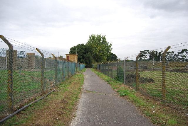 Medway Valley Walk through Sewage Works