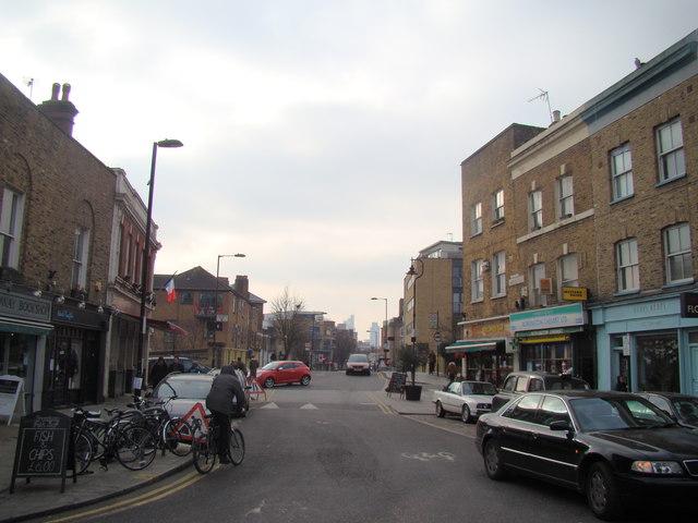 Looking down Goldsmith's Row towards Hackney Road