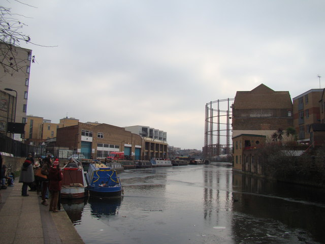 A frozen Regent's Canal #2