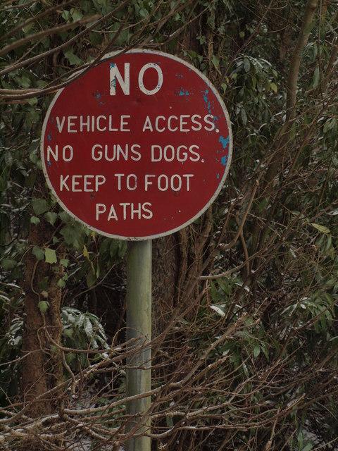 Forbidding sign at Talygarn