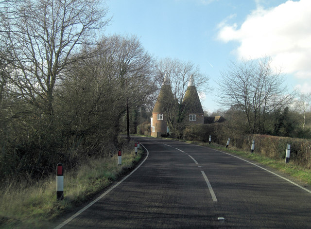 B2067 approaches The Oast House