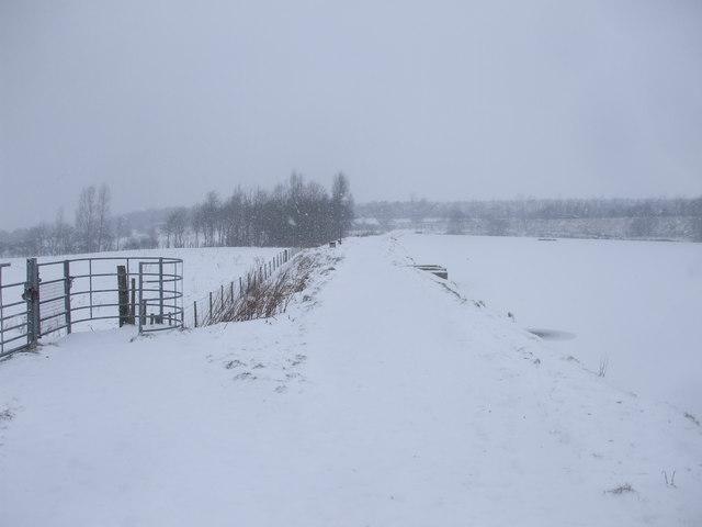 Footpath beside Dowlais Top reservoir