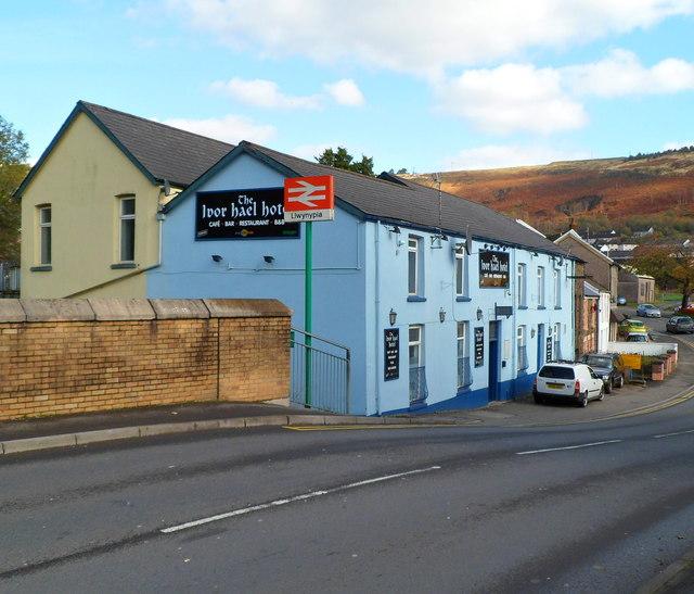 The Ivor Hael Hotel, Llwynypia