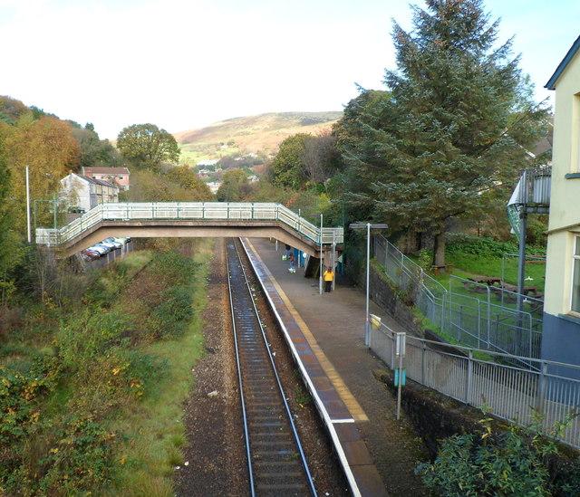 Footbridge, Llwynypia railway station