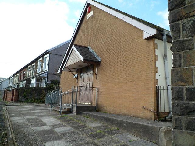 NW side of Salem Terrace, Llwynypia