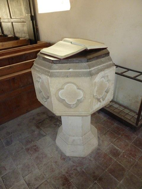 A December visit to St Nicholas Church, Freefolk (b)