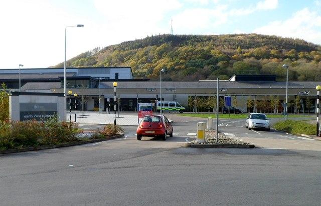 Entrance to Ysbyty Cwm Rhondda hospital, Llwynypia