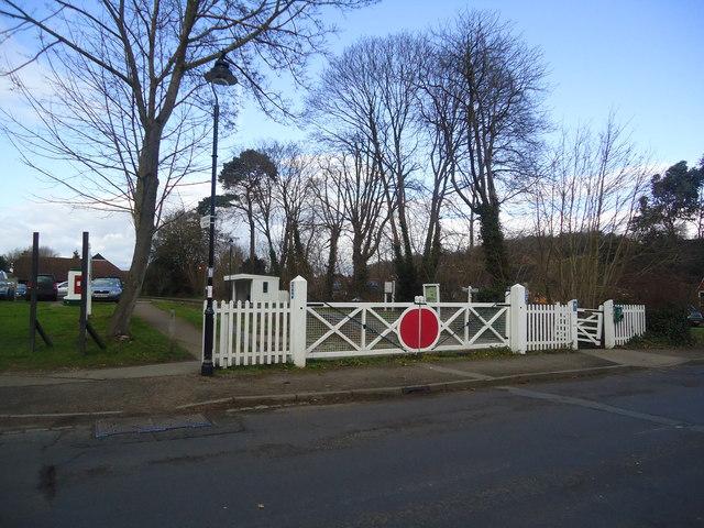 Former level crossing, Bramley