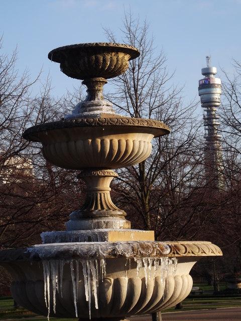 Icy Fountain, Avenue Gardens