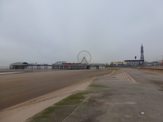 Blackpool: Central Pier from the south