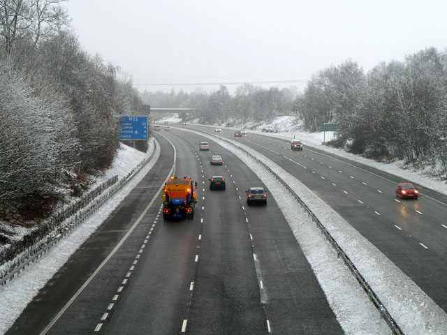 Gritting the M23
