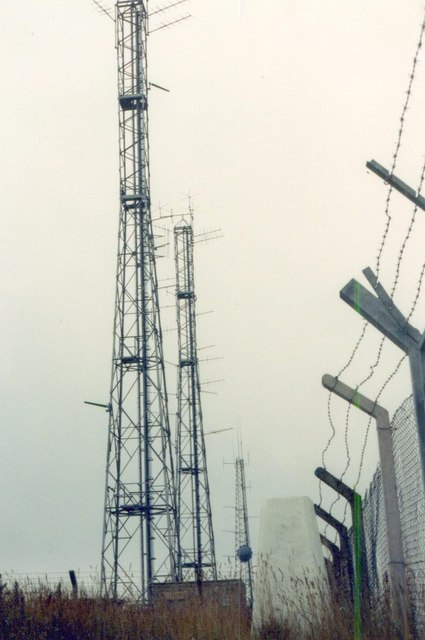 Trig point and masts on Alport Heights