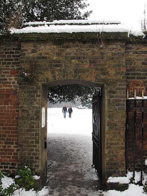 Crooms Hill Gate to Greenwich Park