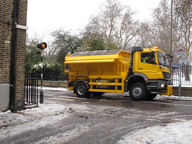 Gritting to prevent ice
