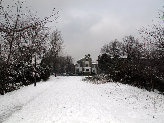 Path to Vanbrugh Park Road