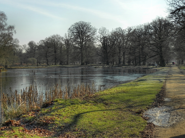 Island Pool and Farm Walk, Dunham Park