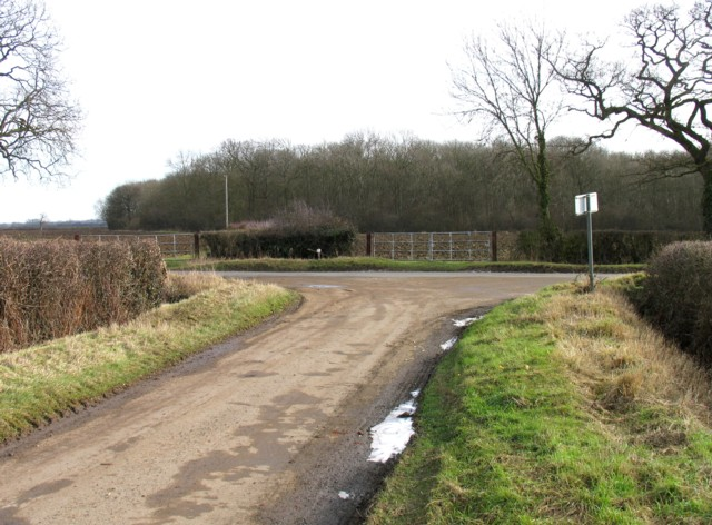 Road junction near to White Lodge Farm