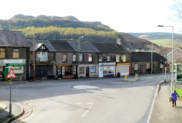 Gelligaled Road shops, Ystrad