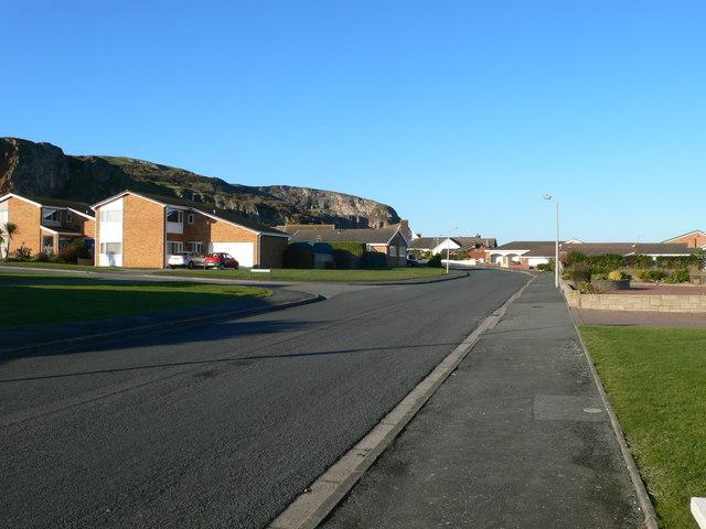 Penrhyn Bay East road