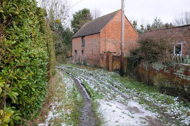 Farm building at Church End