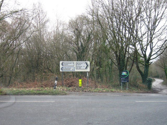 Road junction, Wickham Common