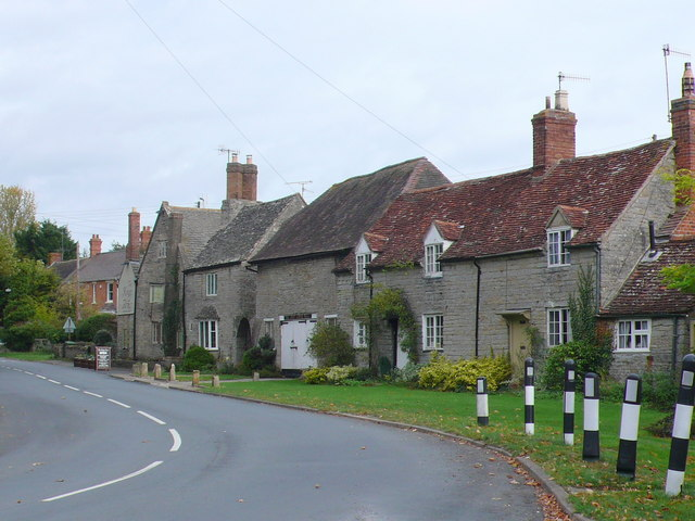 Houses in Cleeve Prior