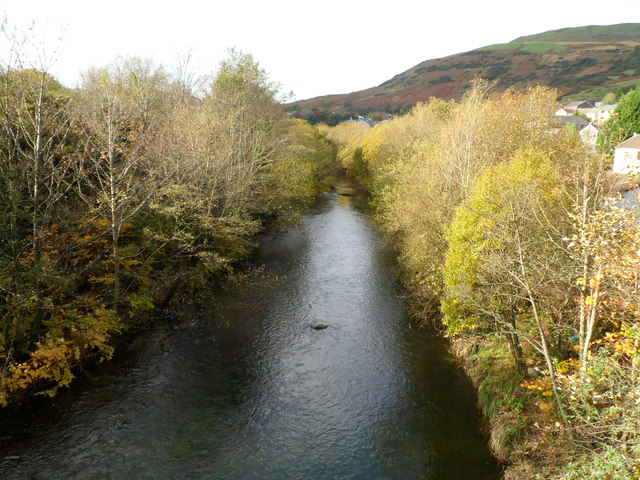Rhondda Fawr flows towards Ystrad Rhondda station access footbridge