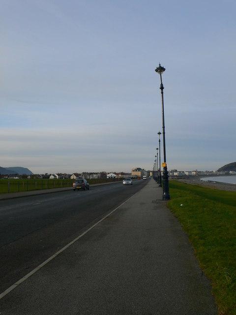 Colwyn Road