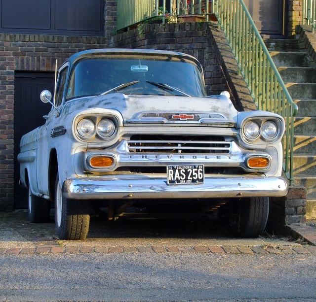 Show me the way to San José: Chevrolet Apache