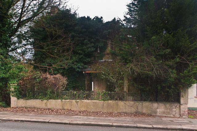 90 Reigate Hill