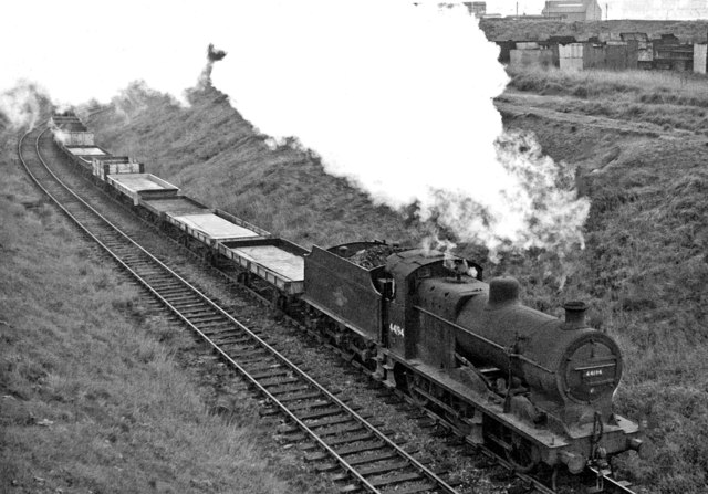 Freight from the shipyards via Maryhill approaching Balornock Junction
