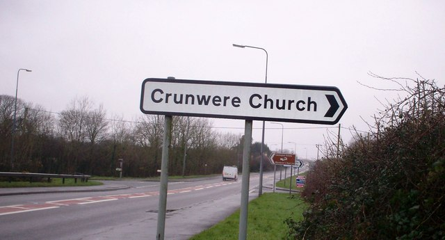New Sign to Crunwere Church, Llanteg