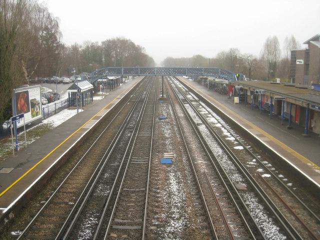 Fleet train station
